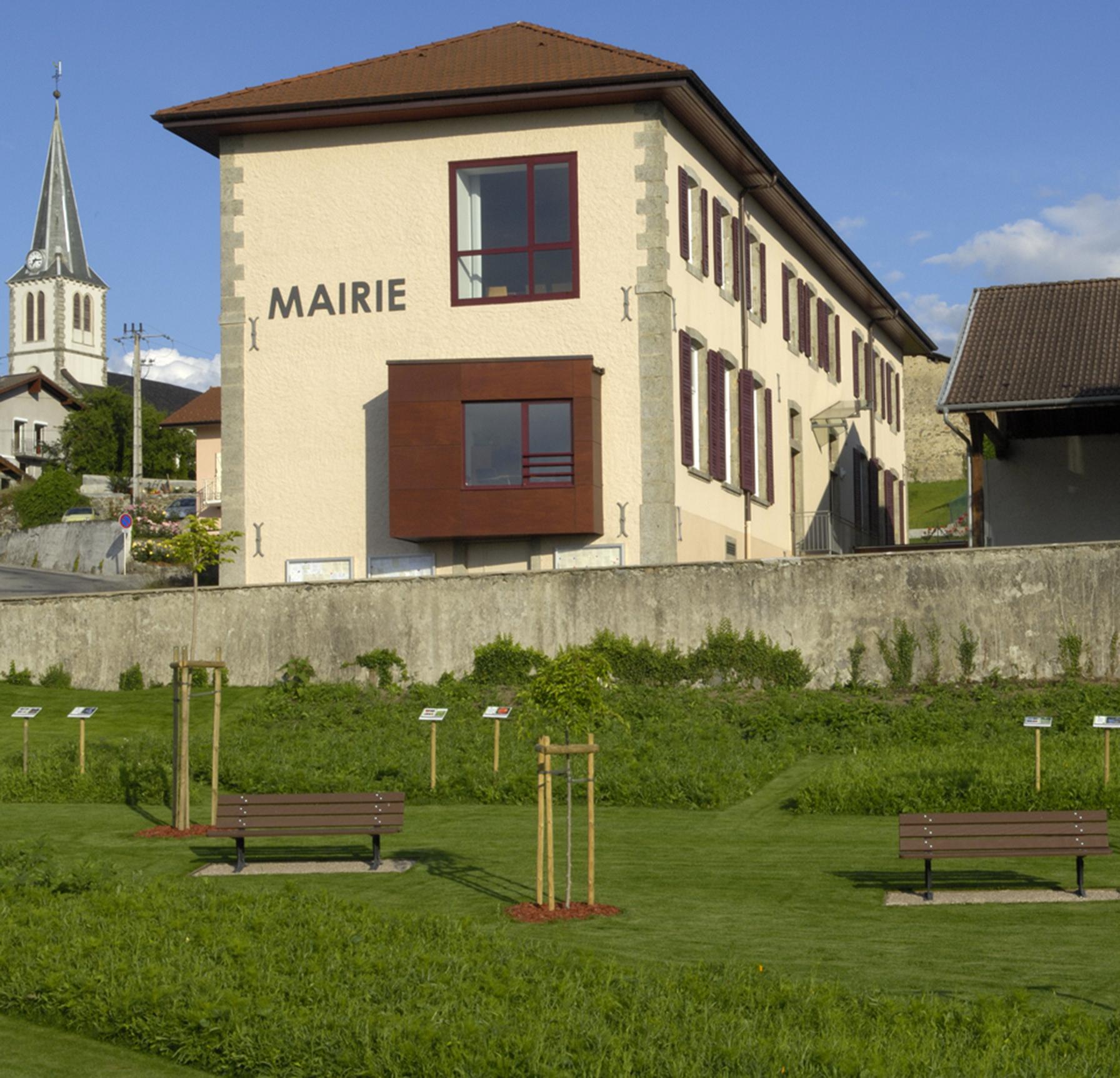 Mairie de MARIN | Architectes GUYOT Nelly - POULAIN Isabelle |