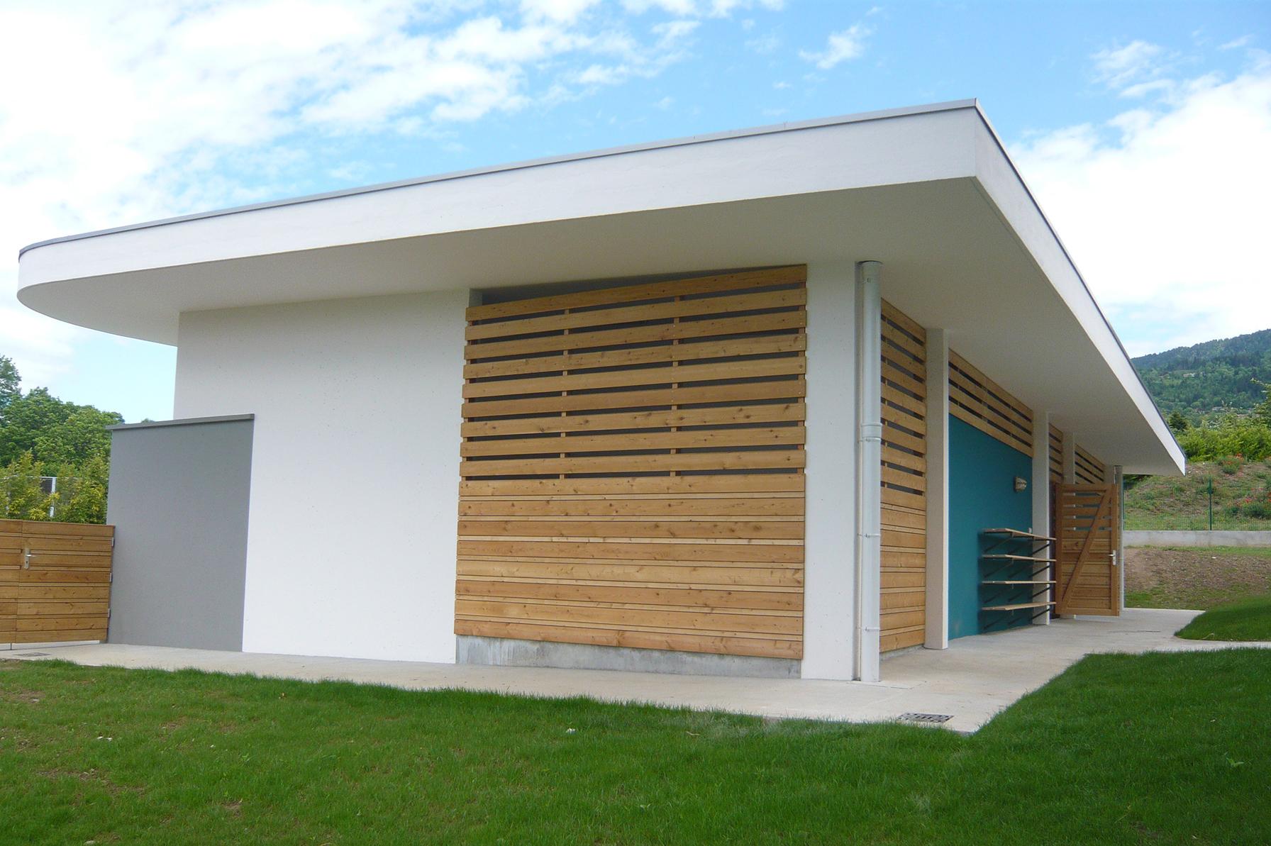 Vestiaires de piscine cranves sales ng architecture for Vestiaires piscine